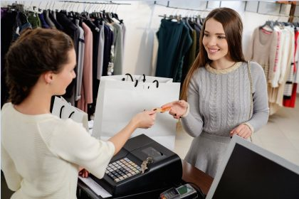 Dangers of Carrying a Balance on Store Credit Card