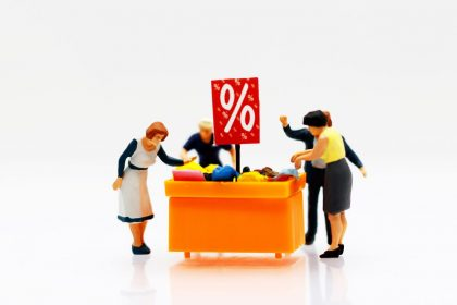 shop discount retailers